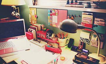 有這種書桌 我一定會好好讀書der