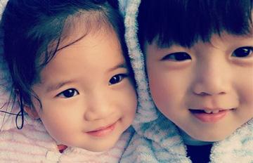 台灣龍鳳胎的可愛魅力 攏獲韓國網民的心