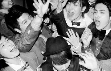 走過風雨、走過驕陽的Super Junior出道十年