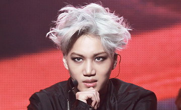 EXO裡面,讓人想動他頭髮的男人