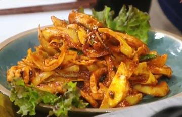 韓國家常菜教你做,米飯殺手之辣炒魷魚