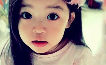 韓星鄭詩雅家的小公主 眼睛是小編的3倍大了!!