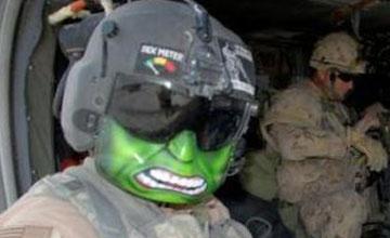 美國大兵太瘋狂,讓綠巨人、豬八戒飛上天?!