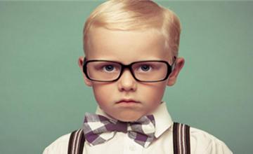 老花眼患者年齡層越來越年輕,肖年人該如何自測&預防