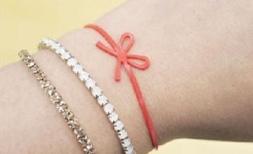 從沒人要變搶著用!日本少女爭相擁有的「蝴蝶繩結橡皮筋」
