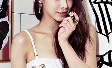 美貌和實力兼具的「她」擁有連韓國歐爸都佩服的身材比例!