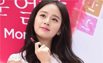 變身韓劇女主角!2015最搶手的化妝品