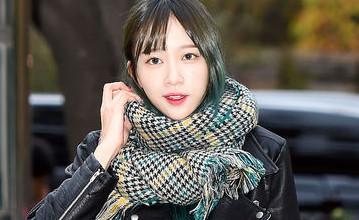 一條圍巾完成冬季look 韓妞的5種圍巾繫法