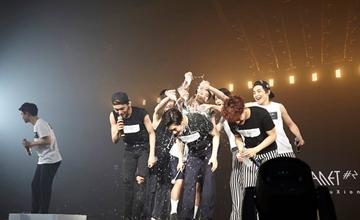 支持就是動力!令EXO印象最深刻的事!