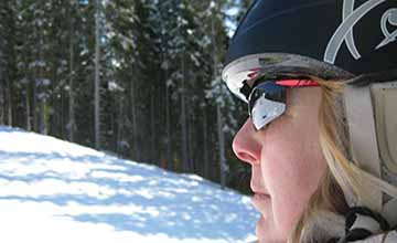 登高爬山、滑雪竟會灼傷眼睛?全因忘了戴...