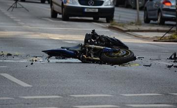 發生車禍少做一件事,竟變肇事逃逸!