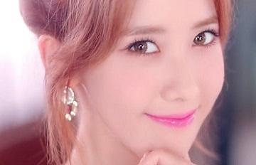 不成熟的小性感!韓國專業化妝師示範少時的減齡元氣妝