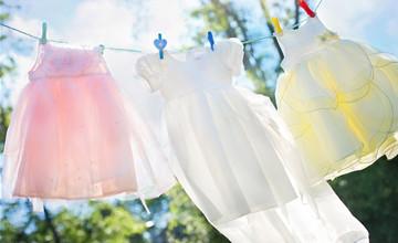 大蒜可以擦去衣服上的指甲油!比洗衣店還管用的無污小撇步