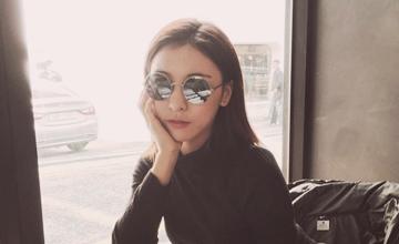 過去外貌不出色的「她」最近成為韓網民心中的理想型女友♥