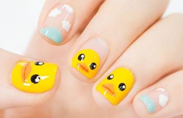 韓妞美甲偷偷學:湖水上的黃色小鴨