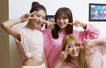 Somi和Somi爸爸都認證的撞臉組合!I.O.I成員竟撞臉某童顏女星?