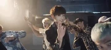 沒看過不能說你知道!每次跳都像播錄影帶的刀群舞男團TOP3