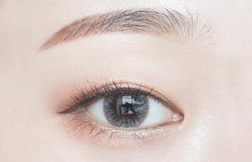 打造夏日神秘魅惑風情 !韓國最夯灰色美瞳大公開