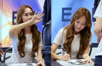 Jessica簽名會對粉絲說的話被網友讚爆