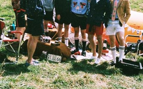 短褲不禮貌?讓男孩露出小腿才是英國皇室的傳統!