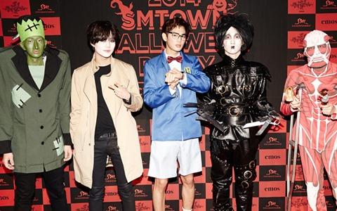 讓韓網友笑翻的萬聖節扮妝!繼SHINee後,另一組「用生命扮裝」的男團?