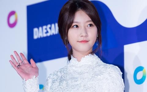 YG旗下演員再加一 金賽綸確定成為李鍾碩、李聖經同門師妹