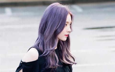比Irene的紫髮還要夢幻!換了新髮色的Red Velvet成員成為網友指名的最新「morning face 」