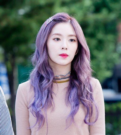 Red Velvet 的粉絲看過來~隊長Irene的小習慣是什麼你知道嗎?