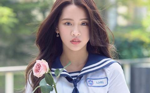 《偶像學校》JYP前練習生Natty實力超強!差點成為TWICE成員的她竟「退出JYP」原因令網友心疼!