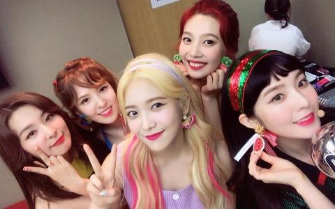 Red Velvet成員Joy瘦成一道閃電!超大尺度「小蠻腰」曝光 過去被問「體重多少?」反應超機靈!