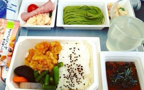 2017年票選「全球最好吃飛機餐」Top10!台灣飛日韓…原來想吃好吃飛機餐要坐這幾家