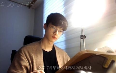 韓國爆紅Youtuber直播6小時...