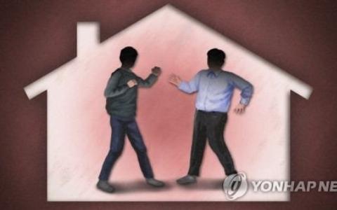韓國中秋節傳悲劇...遊戲中毒男拿刀捅傷父親、重推奶奶!