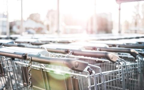 為什為韓國超市的購物車全都上鎖了?都是因為這些讓人失望的客人們...