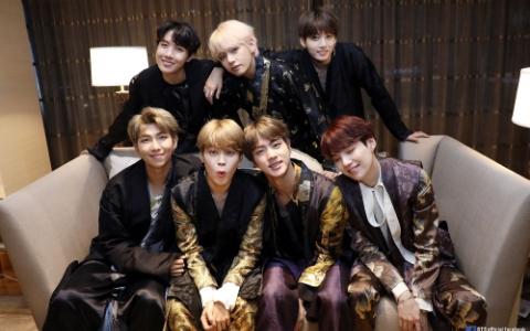 被譽為「BTS接班人」大勢男團採訪提及世界彈...成員霸氣表示:「不想成為防彈少年團」!