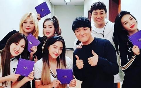 終於到了公開的時刻...男藝人在IG上傳與Red Velvet成員的「親密合照」爆料兩人關係匪淺!