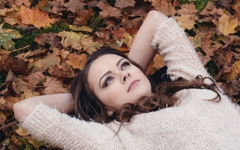 秋天心情容易鬱卒、身材容易變胖?原來都是這個原因害的!
