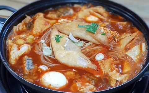來韓國玩要小心!吃部隊鍋時都會吃到的食品竟被驗出含有細菌!?