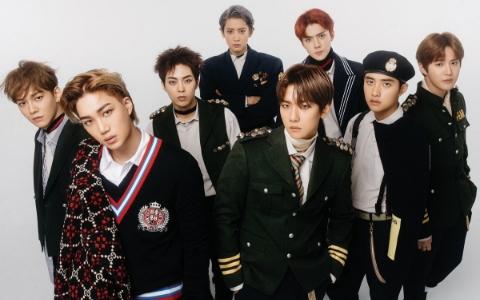 連成員本人都「嫌棄」的週邊產品,EXO伯賢「SM這樣真的不行」為粉絲抱不平!