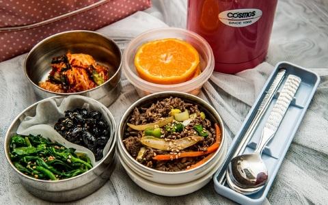 吃飯吃得好苦啊~韓國人得知釜山地區的學生午餐竟沒提供「這東西」!?