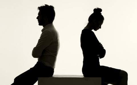 韓國男生共同的一敗!「女友生氣叫我不要聯絡她」這題實在太難處理了...