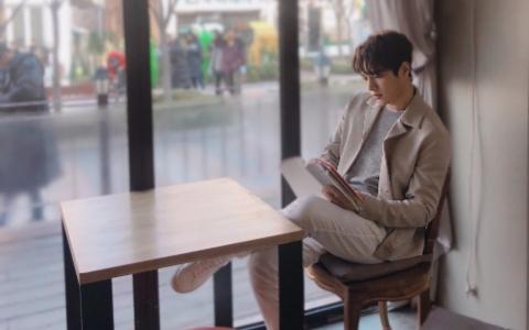來杯咖啡吧!韓網票選「溫暖你心」的早晨咖啡男TOP9