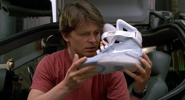電影《回到未來2》中自動化的動力鞋帶可能成真?  00:12