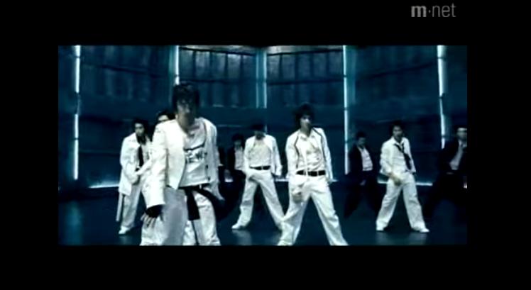 神話 - Brand New (2004) 強烈的音樂節奏、powerful的舞蹈動作、無敵man的帥氣模樣,根本神曲