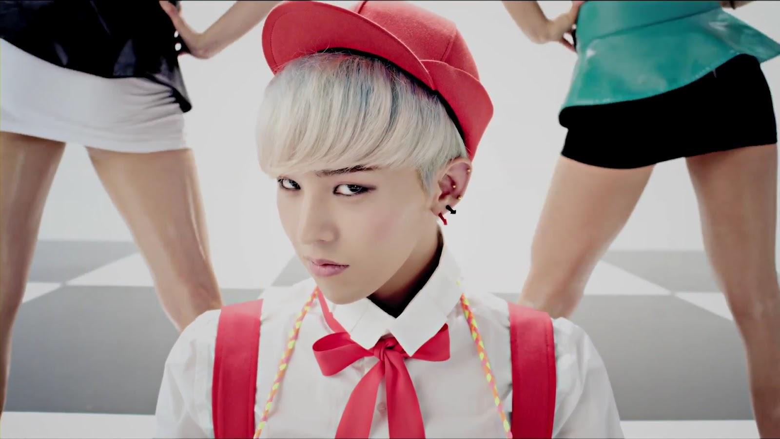 3. CRAYON (2012.09.15)  在GD單飛曲MV裡面色感最跳!讓人不只聽歌,連MV都印象深刻的一首!