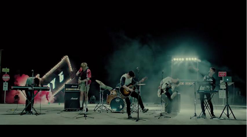 而且JYP家的藝人MV都超貼心der~會附上中文字幕,看歌詞後真的覺得這首歌好有fu啊~~  *影片無法播放時,請點擊至原出處觀看