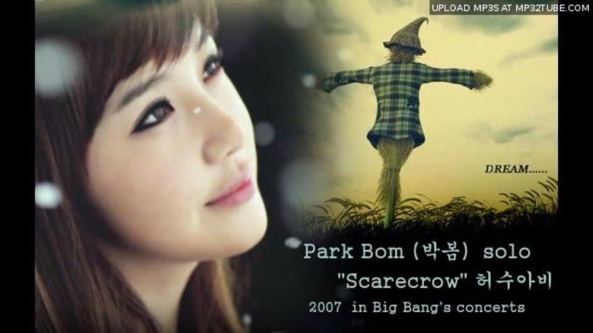 LEE HI - 稻草人 原要給2NE1朴春唱  YG社長楊賢碩曾表示,這首歌是由JYP製作,在2008年打算讓朴春以女SOLO歌手出道時演唱,但一直都沒有發行,後來才拿給旗下新人女歌手LEE HI演唱。影片是2007年朴春在BIGBANG演唱會小唱的一段《稻草人》