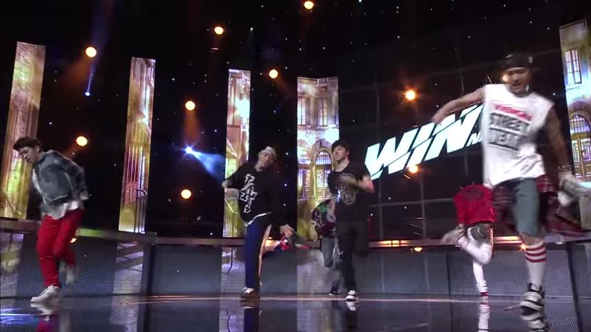 再跟現在的WINNER,在電視節目上競爭出道機會時,iKON也是以驚人的舞藝獲得許多觀眾的愛戴~  *影片無法播放時,請點擊至原出處觀看