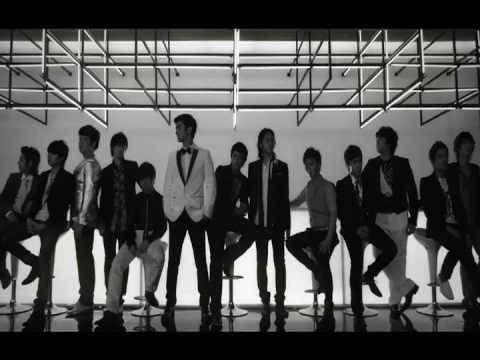 Super Junior - Sorry Sorry (2009)  充滿誘惑的高級感~就是這個風格紅遍全亞洲