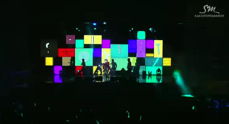 鐘鉉的聲音辨識度很高,在 SHINee 的歌曲中也可以馬上分辨出哪段是他唱的! 會創作又會唱歌的他,根本沒有缺點啊!重點是!!!他還有我喜歡的狗狗臉 >///<